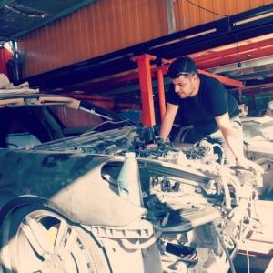 ارائه خدمات فنی BMW درتعمیرگاه تخصصی مجتبی